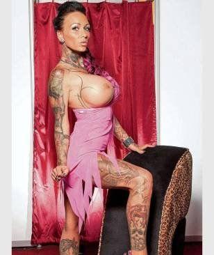 Alte Frau Judi Zeigt Sexy Kitty Rich, Wie Man Eine Frau