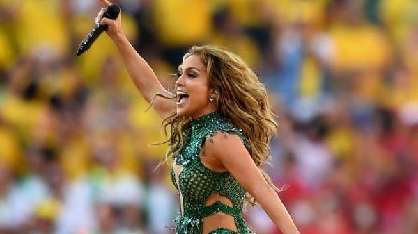Jennifer Lopez singt bei der WM