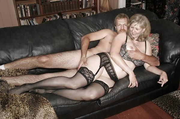 Sex Auf Dem Sofa