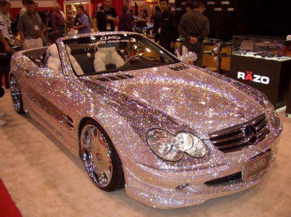 Geiler Mercedes Benz in Silber